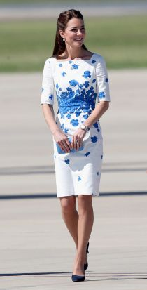 Catherine, Duchess of Cambridge arrives at the Royal Australian Airforce Base at Amberley on April 19, 2014 in Brisbane, ...