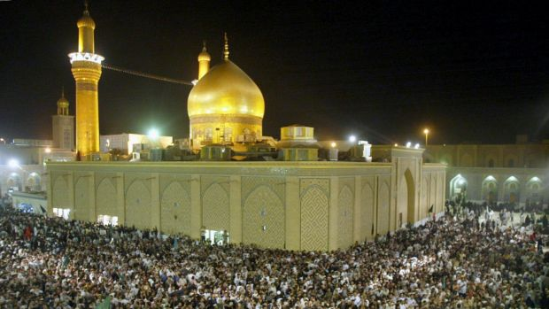 Thousands of Shiite pilgrims at the Imam Hussein mosque in April 2003, just weeks after Saddam Hussein was deposed.