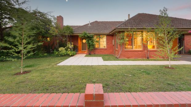 The house on Frome Street was designed by Kenneth Oliphant and was one of the first privately-built homes in Griffith.