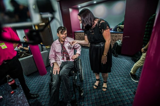 Jil Hogan interviews The Doug Anthony Allstars', Tim Ferguson in the Green room before taking the stage.