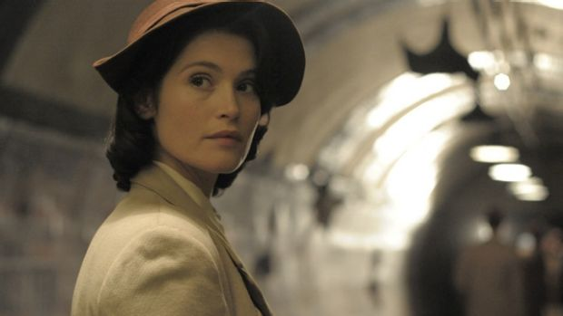 Gemma Arterton plays Catrin, a talented writer drafted to help out with dialogue for the film within the film.