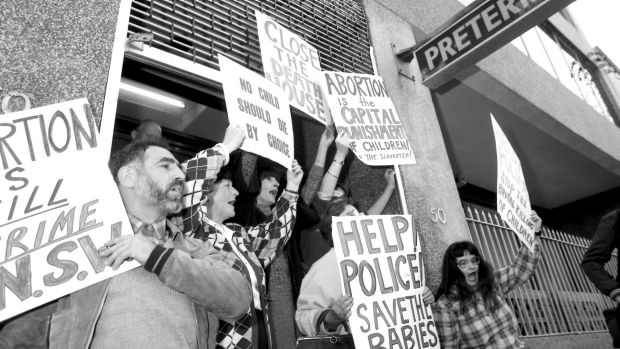 Right-to-life demonstrators block the doorway of the Preterm Clinic in Cooper Street, Surry Hills  in 1985.