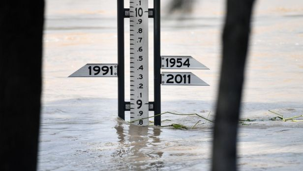 A flood gauge shows the Fitzroy River at 8.8m in Rockhampton on Thursday. It is forecast to peak at 9 m.