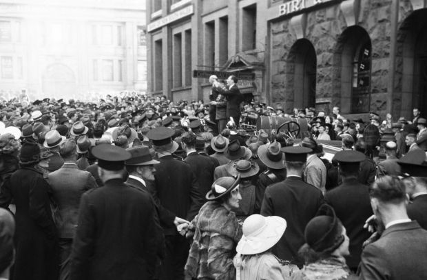 A demonstration taking place outside the German Consulate in Bridge Street, Sydney on Anzac Day, 25 April 1939, where ...