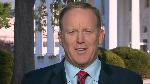 White House Press Secretary Sean Spicer appears on CNN to apologise for his Hitler comments.