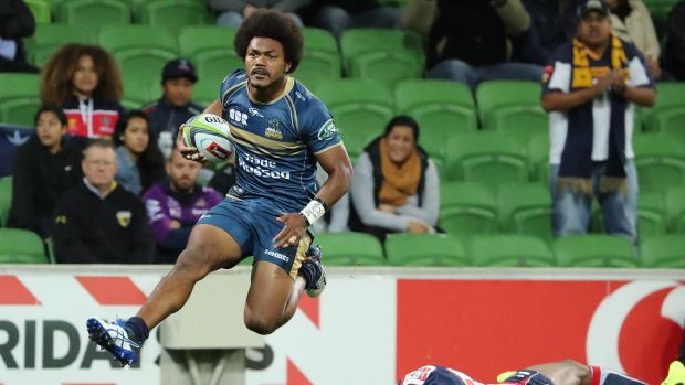 Henry Speight of the Brumbies runs in to score .