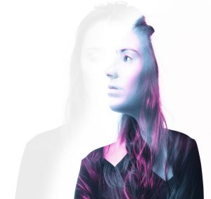 Night Thinker EP: Sony Music is pushing Amy Shark in the US.