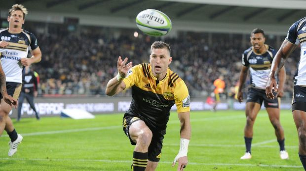 The Hurricanes turned on an attacking masterclass against the Brumbies.