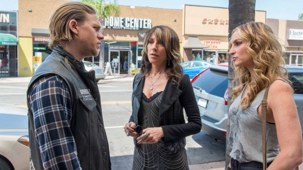 Hunnam, as Jax Teller, wth Katey Sagal and Drea de Matteo in <i>Sons of Anarchy</i>.