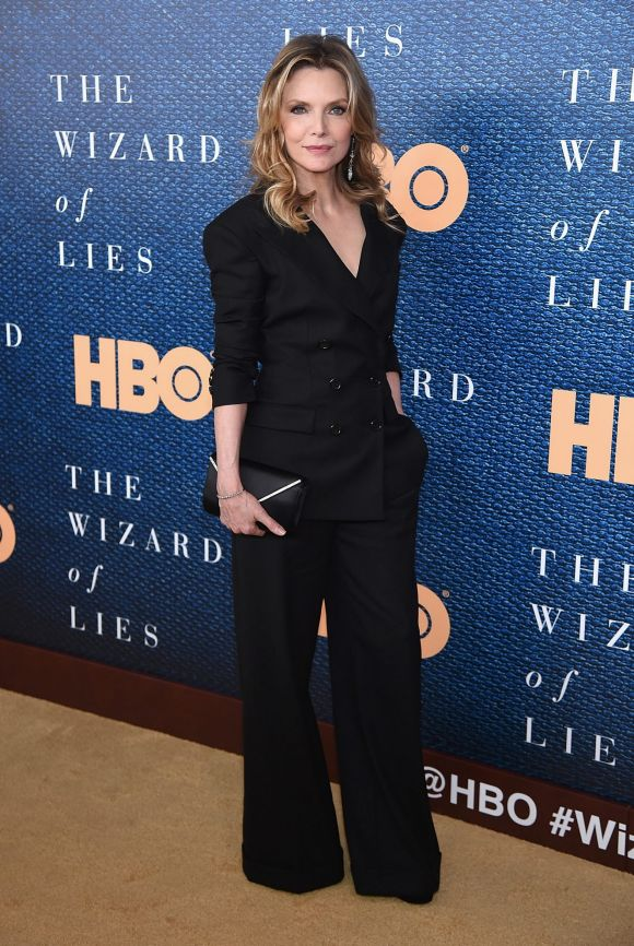 """Michelle Pfeiffer attends the """"The Wizard Of Lies"""" New York Premiere at The Museum of Modern Art on May 11, 2017 in New ..."""