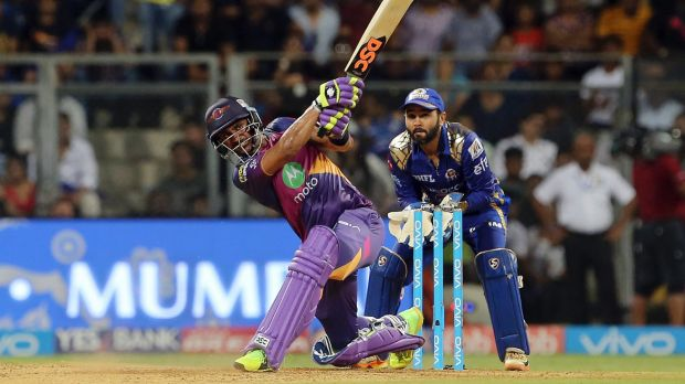 Manoj Tiwary helped Pune to a defendable total.