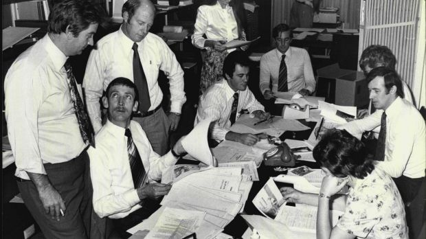 "Commonwealth police check social security files in 1978 during the high-profile investigation into ""dodgy"" compensation ..."