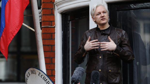 39 depressed 39 assange launches new legal bid for freedom for Julian balcony