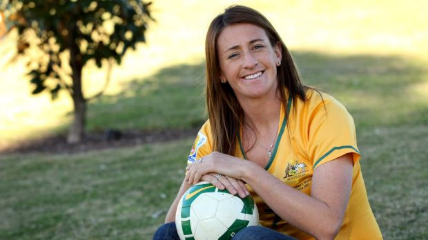 Matildas veteran Heather Garriock says players must commit to one sport if women are to become fully professional.
