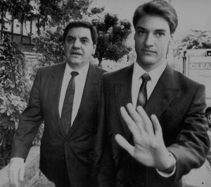Angelo Vasta with his son, Ross Vasta, arriving at court in 1990.