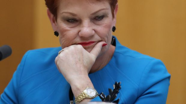 Pauline Hanson has backed off a stupid threat to the ABC.