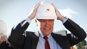Hard hats on: Bill Shorten says Labor would overrule the workplace umpire if it wins the next federal election
