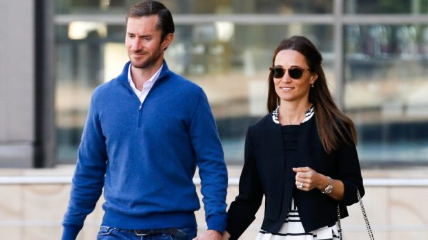 Pippa and hubby take to air above Sydney