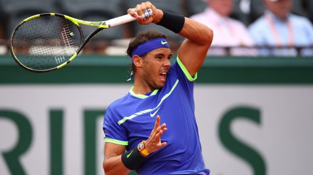 Rafael Nadal keeps up dominant form to make quarter-finals