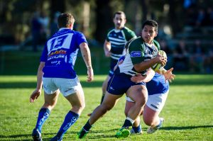 Tino Manuolevao trying to sprint past the royals defence.
