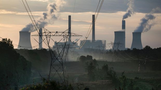The Finkel review of the electricity sector promises a new clean energy target to put downward pressure on prices.