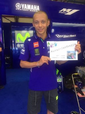 Italian motorcycle legend Valentino Rossi pledges his support for Canberra girl Freya Christiansen.