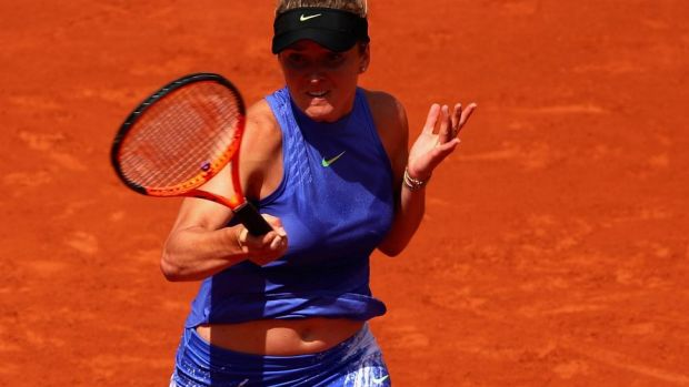 Jelena Ostapenko makes French Open final after win over Timea Bacsinszky