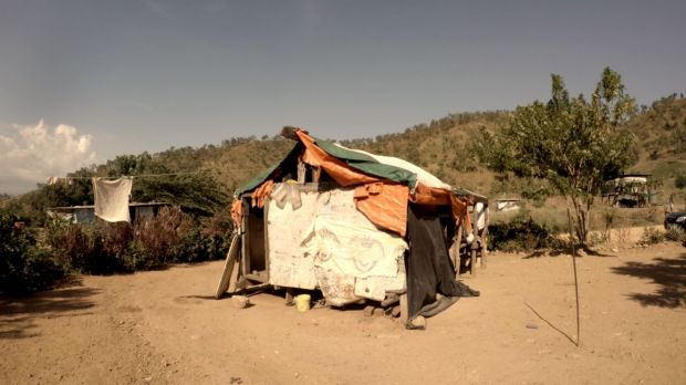 Settlers moved from the foreshore at Paga Hill to the inland site of Gerehu, where they live in appalling conditions.