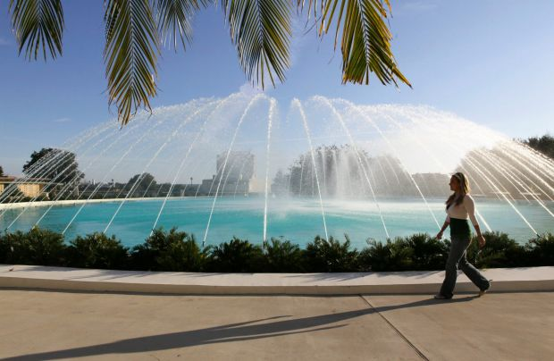 The water dome fountain, which was designed by Frank Lloyd Wright, at Florida Southern College in Lakeland, Fla. The ...