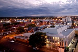 "Mark Searle of Century 21 Golden West says Dubbo is ""on fire."" Image: Dubbo City Centre."