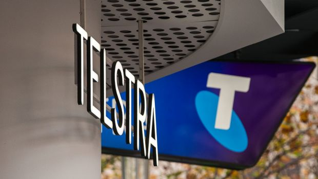 Telstra dividend cut sends shares tumbling