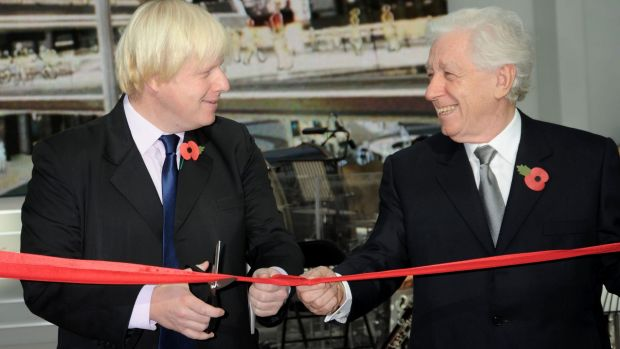 Frank Lowy cutting the ribbon at the opening of Westfield London with the then mayor of London, Boris Johnson.