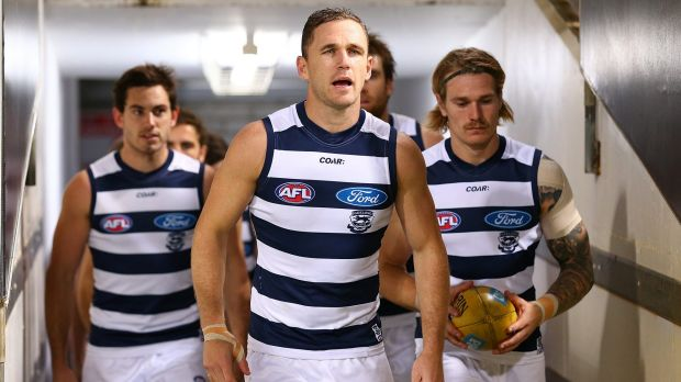 Players, including Joel Selwood, are given ideas for content to post.