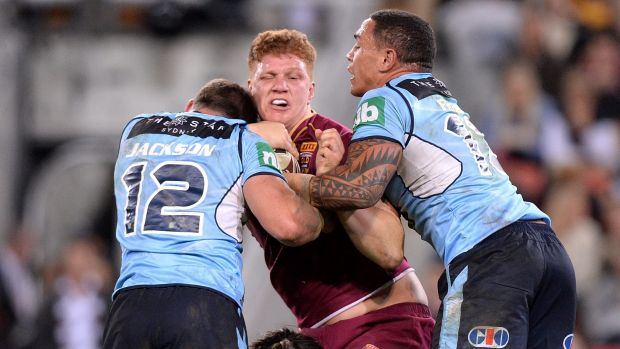 Johnathan Thurston sends scare through State Of Origin camp with knee knock