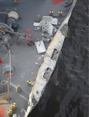 The container ship ACX Crystal suffered minor damage.