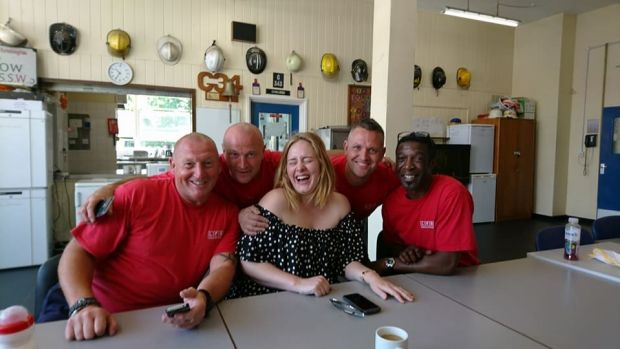 Adele Shared A Cup Of Tea With Grenfell Tower Firefighters