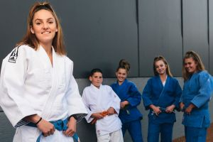 (L-R) Alexia, Riley, Jayde, Cynthia, and Chelsey Hamilton. Alexia is about to head to the Judo world championships.