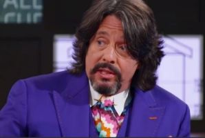 Laurence Llewelyn-Bowen has delivered one of the worst house rules ever on the show.