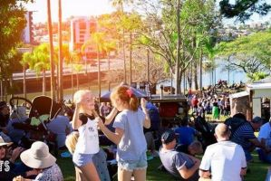 Must Do Brisbane: Sunday by the River