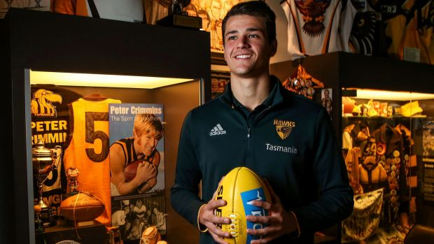 Hawthorn's Ryan Burton was given the No.5 of Peter Crimmins.