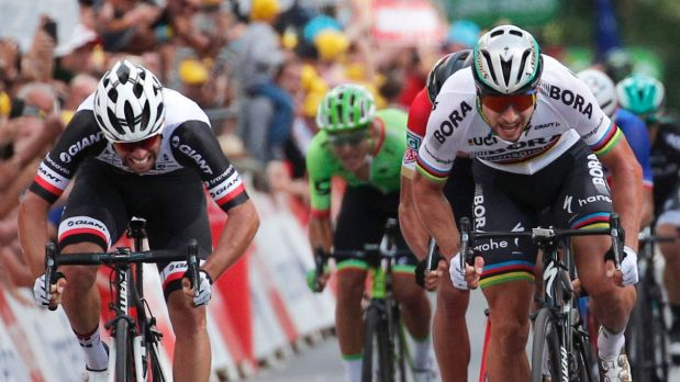Tour de France: Mark Cavendish taken to hospital after crash