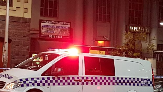 Australia: Police shoot man, woman at Melbourne swingers party