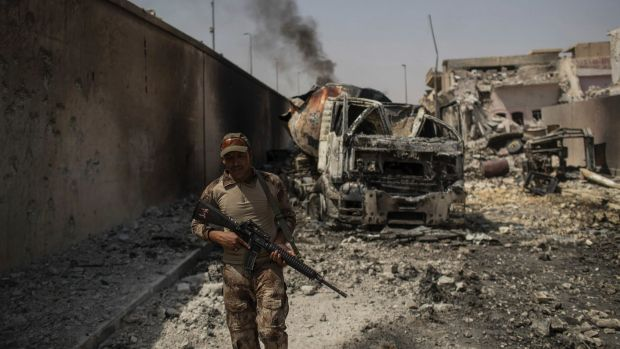 Iraqi troops have retaken the last pockets of the city of Mosul under control of the Islamic State.