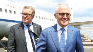 Prime Minister Malcolm Turnbull with Alexander Downer, High Commissioner to London.
