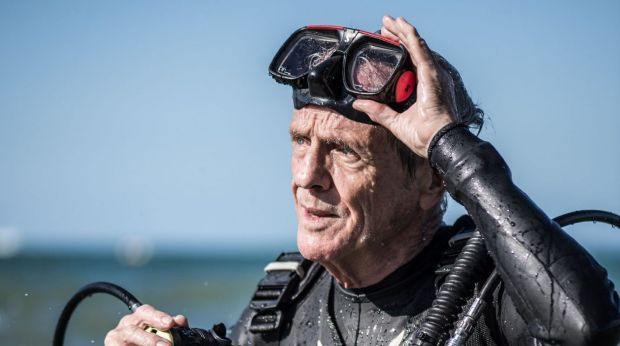 """Charlie Veron, the """"Godfather of Coral"""", says Australia's politicians are """"idiots"""" for doing nothing about climate change."""