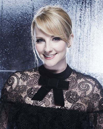 """BIG Bang Theory star Melissa Rauch has announced she's pregnant – but admits she's """"terrified"""" after a past miscarriage. ..."""