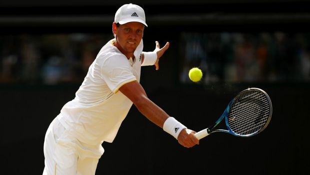 Tomas Berdych wants to halt Roger Federer's Wimbledon fairytale