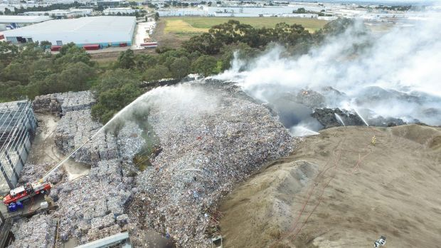 Massive fire at Melbourne recycling plant prompts evacuation