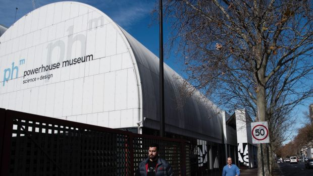 No one outside government has a good word to say about the plan to move the Powerhouse Museum.