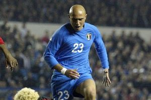 Massimo Maccarone playing for Italy in 2002.